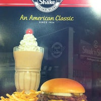 Photo taken at Steak 'n Shake by Heather N. on 5/30/2013