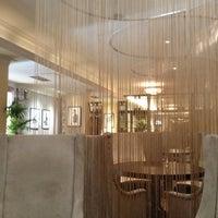 4/12/2013にVladimir S.がRepin Lounge Bar & Restaurantで撮った写真