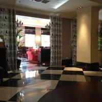 Снимок сделан в Repin Lounge Bar & Restaurant пользователем Vladimir S. 4/12/2013