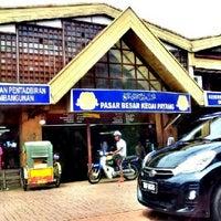 Photo taken at Pasar Payang by cik miu miu on 11/7/2012