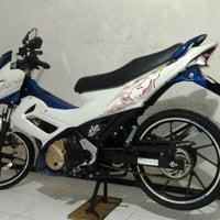 Photo taken at Suzuki Hero Sakti Motor Gemilang by Achmad Anas A. on 12/2/2012