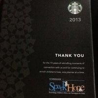 1/4/2013 tarihinde Neena Katrell D.ziyaretçi tarafından Starbucks Coffee'de çekilen fotoğraf