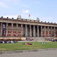 Foto scattata a Altes Museum da Elva A. il 4/22/2013