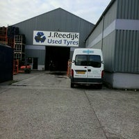 Photo taken at Reedijk Used Tyres by Rob d. on 7/4/2013