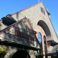 Photo taken at Terrapin Restaurant, Bistro & Bar by Robert L. on 7/4/2013