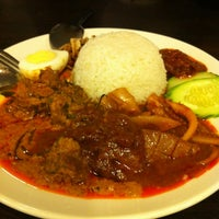 Photo taken at Pak Hailam Kopitiam by nurism on 12/15/2012