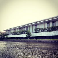 Foto tirada no(a) The John F. Kennedy Center for the Performing Arts por Brandon R. em 5/14/2013