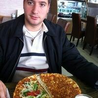 Photo taken at Şehr-i Lahmacun by Umut Fulya F. on 11/17/2012