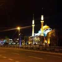 3/26/2013 tarihinde Halil E.ziyaretçi tarafından Cumhuriyet Meydanı'de çekilen fotoğraf