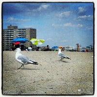 Photo taken at Rockaway Beach - 86th Street by Racky R. on 8/10/2013