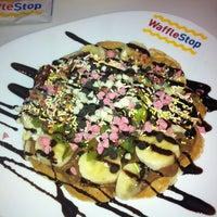 Снимок сделан в WaffleStop пользователем İlknur A. 11/10/2012