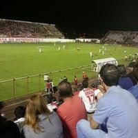 Foto tirada no(a) Estádio Romildo Vitor Gomes Ferreira por Rafael S. em 4/27/2013