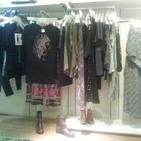 Foto tirada no(a) Billabong Store por Hans S. em 11/27/2013