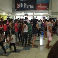 Foto tirada no(a) Cinemas Teresina por Marcio J. em 11/17/2012