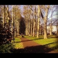 11/20/2012 tarihinde Evelyn C.ziyaretçi tarafından Cadman Plaza Park'de çekilen fotoğraf