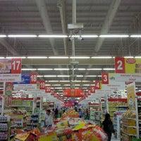 Photo taken at SM Center Las Piñas by Arvin T. on 11/12/2012