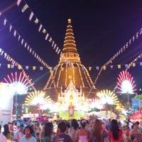 Photo taken at Phra Pathom Chedi by NekoPonyo S. on 12/2/2012