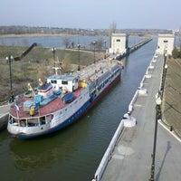 Photo taken at Шлюз 7 ВДСК by Максим П. on 4/6/2013