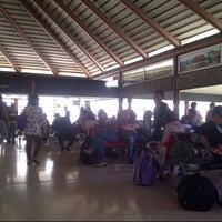 Photo taken at Executive Lounge Soekarno-Hatta International Airport by sanbao p. on 11/17/2012