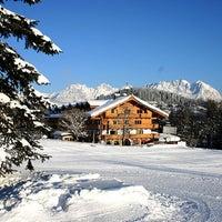 Das Foto wurde bei Rasmushof Hotel Kitzbühel von YELIZ am 2/23/2013 aufgenommen