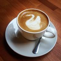 Photo taken at Madal Cafe - Espresso & Brew Bar by Regina B. on 6/25/2013