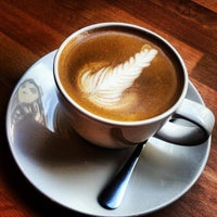 Photo taken at Madal Cafe - Espresso & Brew Bar by Regina B. on 6/28/2013