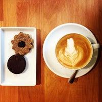 Photo taken at Madal Cafe - Espresso & Brew Bar by Regina B. on 7/30/2013