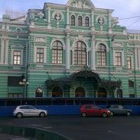Снимок сделан в БДТ им. Г. А. Товстоногова пользователем Ольга Ф. 9/25/2013