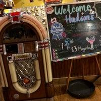 รูปภาพถ่ายที่ Hudson's Classic Grill & Bar โดย Patrick O. เมื่อ 4/21/2018