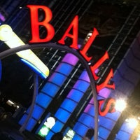 Photo taken at Bally's Hotel & Casino by Maria Paz R. on 3/10/2013
