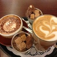 Das Foto wurde bei Berliner Kaffeerösterei von Hannelore F. am 12/20/2012 aufgenommen