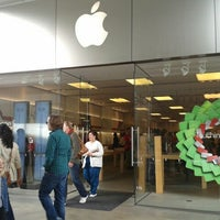 Photo taken at Apple by Michael M. on 12/28/2012