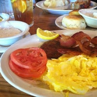 Photo taken at Cracker Barrel Old Country Store by larry m. on 10/11/2012