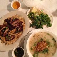 Photo taken at Lệ Ánh's Vietnamese Restaurant by Joe d. T. on 4/29/2014
