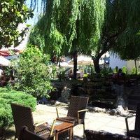 6/27/2013 tarihinde Galip P.ziyaretçi tarafından Mimarlar Odası Bahçe Cafe & Restaurant'de çekilen fotoğraf