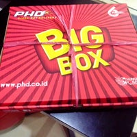 Photo taken at PHD (Pizza Hut Delivery) by Dicky H. on 6/30/2014
