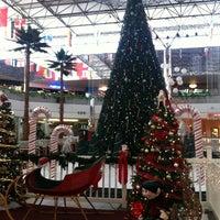 12/7/2012 tarihinde Akira H.ziyaretçi tarafından Micronesia Mall'de çekilen fotoğraf