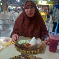 Photo taken at Foodcourt bip by Jabir A. on 6/29/2014