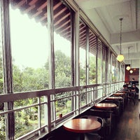 Photo taken at 荷豐水月藝文溝通cafe by Nell W. on 8/10/2013