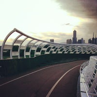 Photo taken at 前鎮之星自行車橋 by Nell W. on 8/17/2013