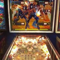 Foto tirada no(a) Seattle Pinball Museum por Robert K. E. em 12/15/2012
