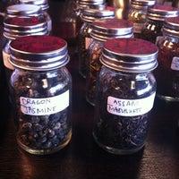 11/17/2012에 Robert K. E.님이 Madame Zuzu's Tea House에서 찍은 사진