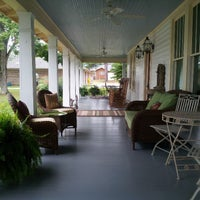 Photo taken at 458 West Bed & Breakfast by Mark P. on 8/17/2013