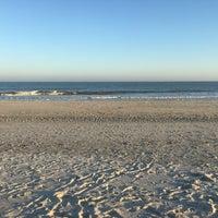 Photo taken at Burkes Beach by Yawei L. on 12/25/2016