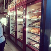 Photo taken at Dunkin' Donuts by Kenneth C. on 11/26/2012