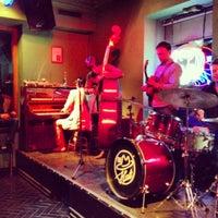 Снимок сделан в The Hat Bar пользователем Kirill B. 5/14/2013