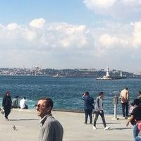 รูปภาพถ่ายที่ İstanbul Kitap Kafe โดย Haydar D. เมื่อ 10/10/2018