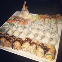 Foto tomada en Blue Sushi Sake Grill por Christen el 11/15/2012