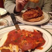 Снимок сделан в Ewing Diner пользователем Francine K. 12/12/2012