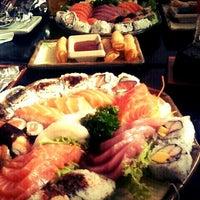 Foto tirada no(a) Sushi Iê por Carolina G. em 3/29/2013